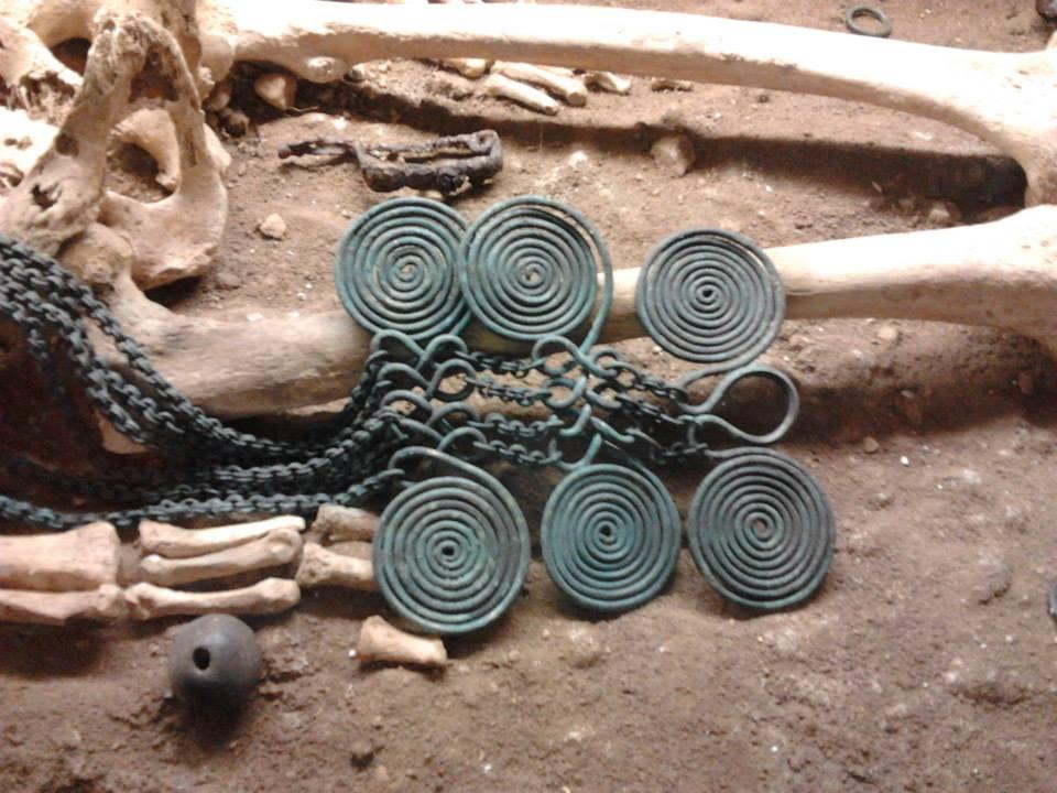 Antica abitante Valfondillo - necropoli preistorica